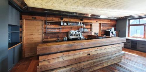 Dokonceno-2-restaurace-bar